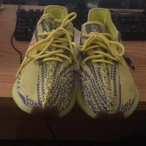 pretty nice 83c9d 3adf1 Adidas yeezy boost 350 semi yellow size 7y